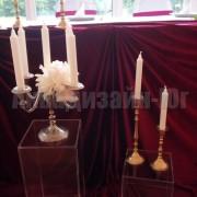 oformlenie-kolonnami-na-svadbe-2